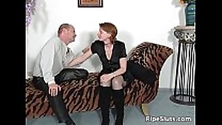 Mature doxy in stockings sucks fat boner