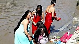 Indian sweethearts outdoor bathing hawt